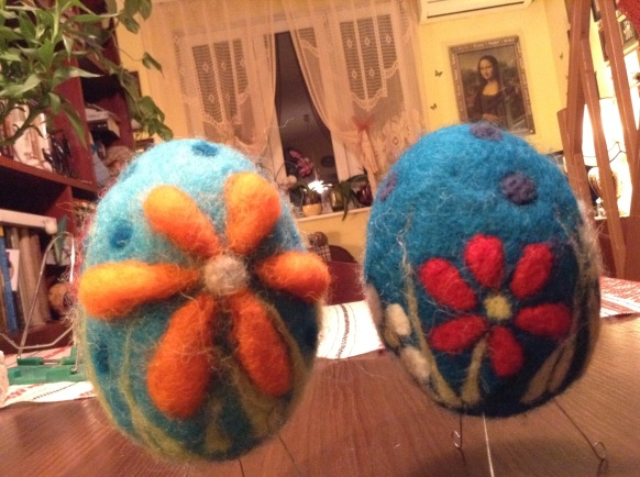 felted-easter-eggs
